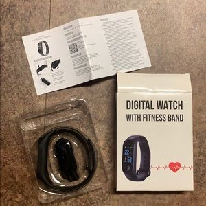 NEW IN BOX DIGITAL WATCH WITH FITNESS BAND ⌚️